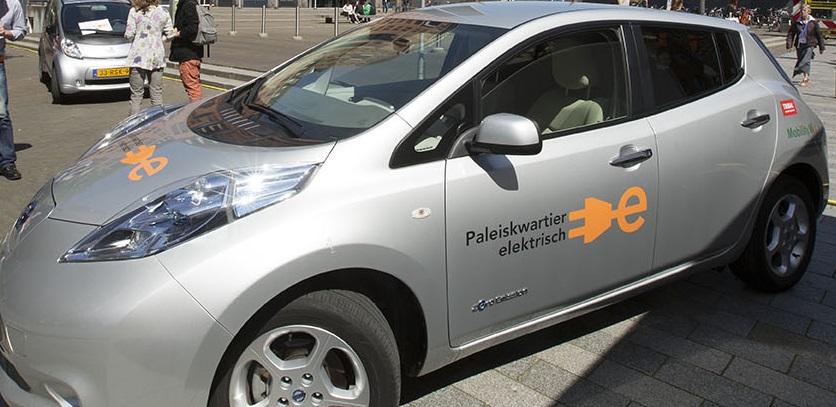 Elektrische deelauto's Paleiskwartier